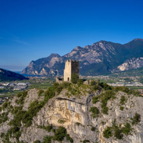 Die 15 besten Sehenswürdigkeiten am Gardasee: Tipps für Attraktionen & Ausflugsziele