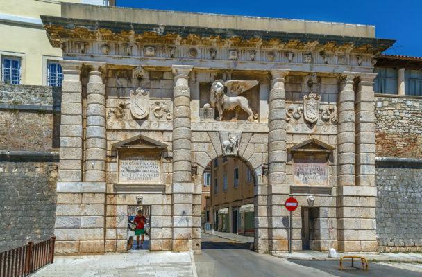 Kroatien Zadar Stadttor