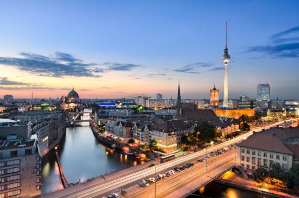 Berlin Skyline Sonnenuntergang