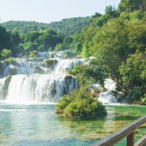 Langes Sommer-Wochenende am Krka Nationalpark: 4 Tage Kroatien inkl. Unterkunft mit Pool um 45€