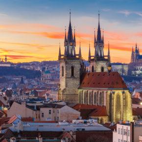 Hotelgutschein Prag: 3 Tage mit tollen 3* und 4* Hotels, Frühstück & Schifffahrt nur 39€
