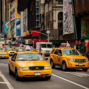 Ab nach New York: Günstige Hin- & Rückflüge zum Big Apple um 298€