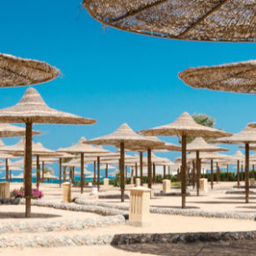 Frühbucher Grand Resort Hurghada: 14 Tage im 5* Hotel mit All Inclusive, Flug & Transfer für 489€