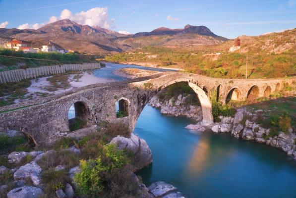 Albanien Shkoder Old Mans Bridge