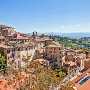 Langes Wochenende: 4 Tage Perugia im Hotel inkl. Frühstück & Flug nur 112€