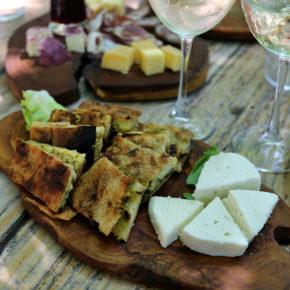 Essen in Albanien: Kulinarische Highlights, Restaurant Tipps & Preise