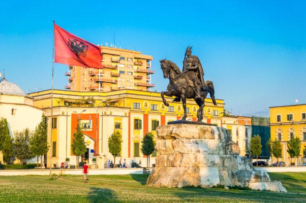 Albanien Tirana Skanderberg Platz