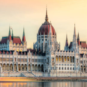 Ungarn übers Wochenende: 3 Tage Budapest im zentralen 4* Hotel nur 83€