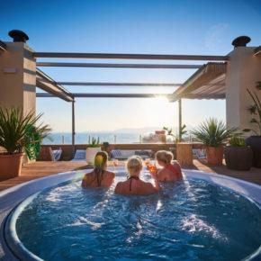 Mallorca: 7 Tage Playa de Palma im 4* Hotel mit Halbpension, Flug, Transfer & Zug für 629€