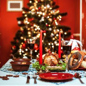Ganz schön skurril: 7 kuriose Weihnachtsbräuche aus aller Welt zum Fest