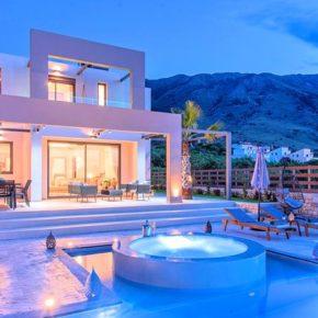 Krasse Luxus-Villa auf Kreta: 7 Tage im eigenen Ferienhaus mit Pool & Whirlpool ab 309€
