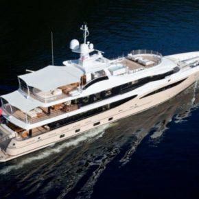 8 Tage im Mittelmeer auf privater Luxus-Yacht mit Crew, Pool, SPA, Jet-Ski & vielem mehr