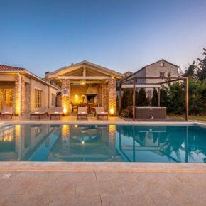 Luxus-Villa in Kroatien: 7 Tage Istrien mit Privat-Pool, Jacuzzi & mehr für 219€ p.P.