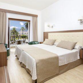 Teneriffa: 7 Tage Puerto de la Cruz im 3* Hotel mit Halbpension, Flug & Transfer um 480€